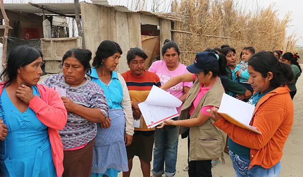 Entrega-de-ayuda-a-campamentos-de-damnificados-4