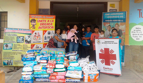Entrega-de-ayuda-a-centros-de-salud-11jpg