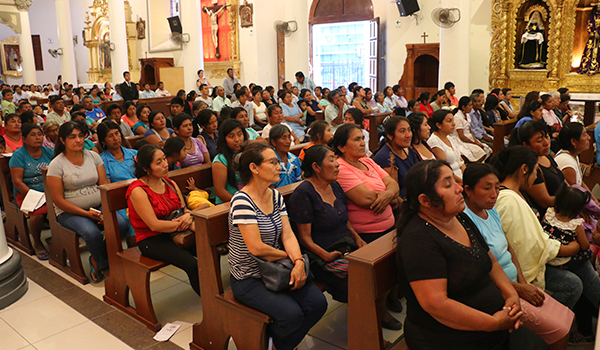Misa-voluntarios-Cáritas-13