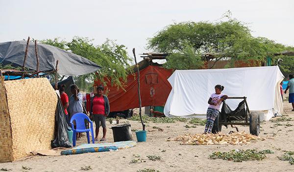 Visita-a-campamento-Nuevo-Santa-Rosa-2