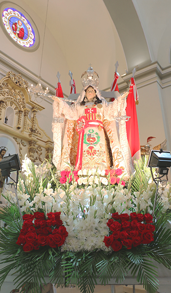 mechita-en-catedral-11