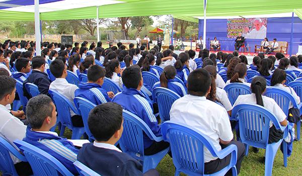 conversatorio-colegios-parroquiales-sullana3
