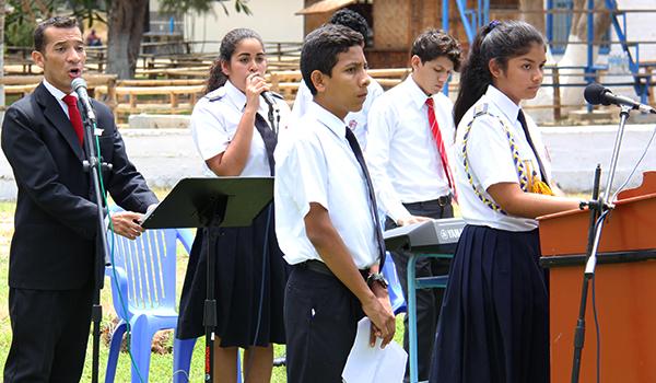 conversatorio-colegios-parroquiales-sullana7