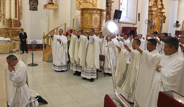 ordenacion-padre-jaime-gomez13