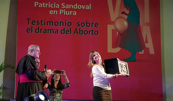 conferencia-patricia-sandoval-jueves-25